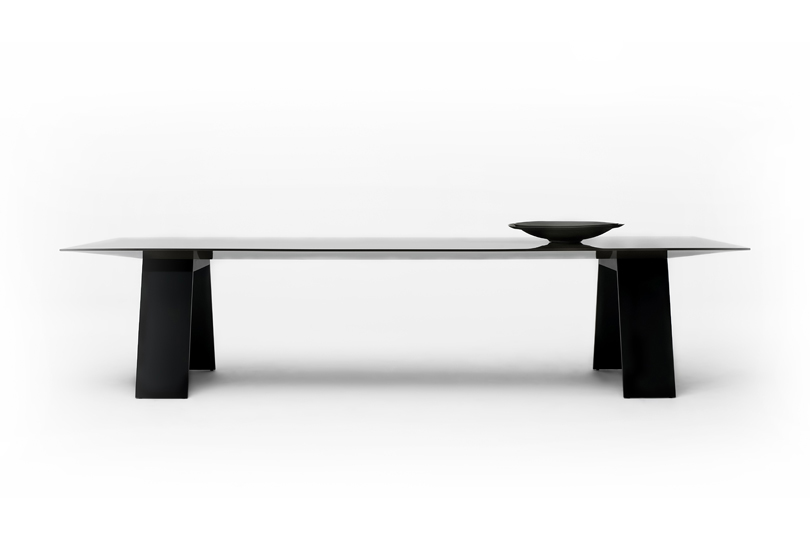 Zet Table
